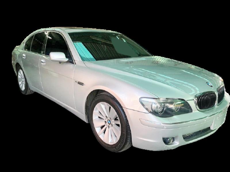BMW 730I SEDAN